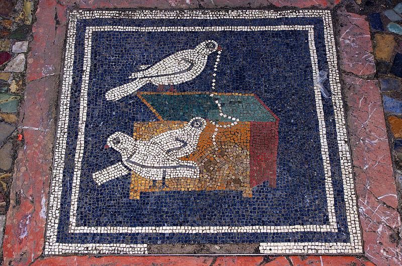 800px-Dove_Mosaic_-_Pompeii_(5949528456)